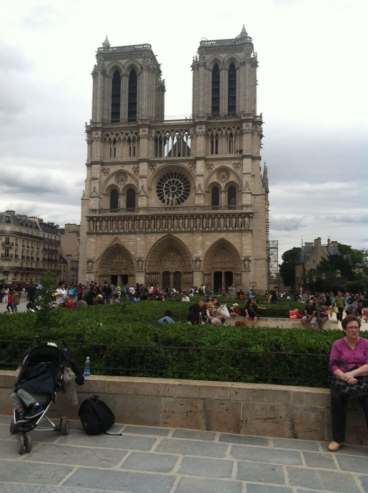 Notre Dame - Paris, France. - http://www.PaulFDavis.com (info@PaulFDavis.com) for global business success, attracting tourists and improving the appeal of your country.