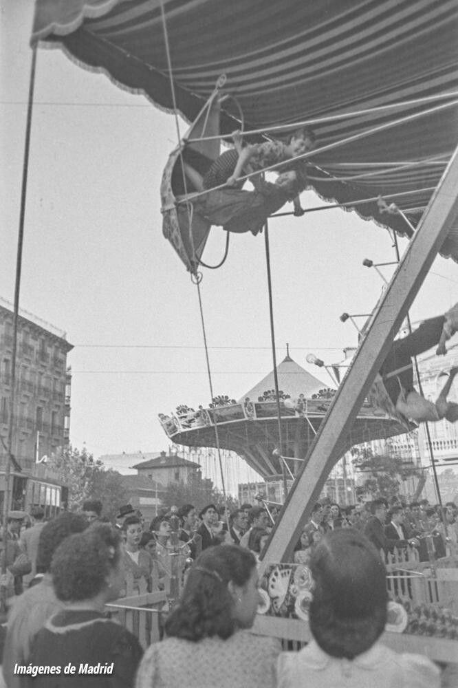 Así se disfrutaba en los años 40, alegría y diversión en la verbena de Chamberí después de tanto sufrimiento. ...