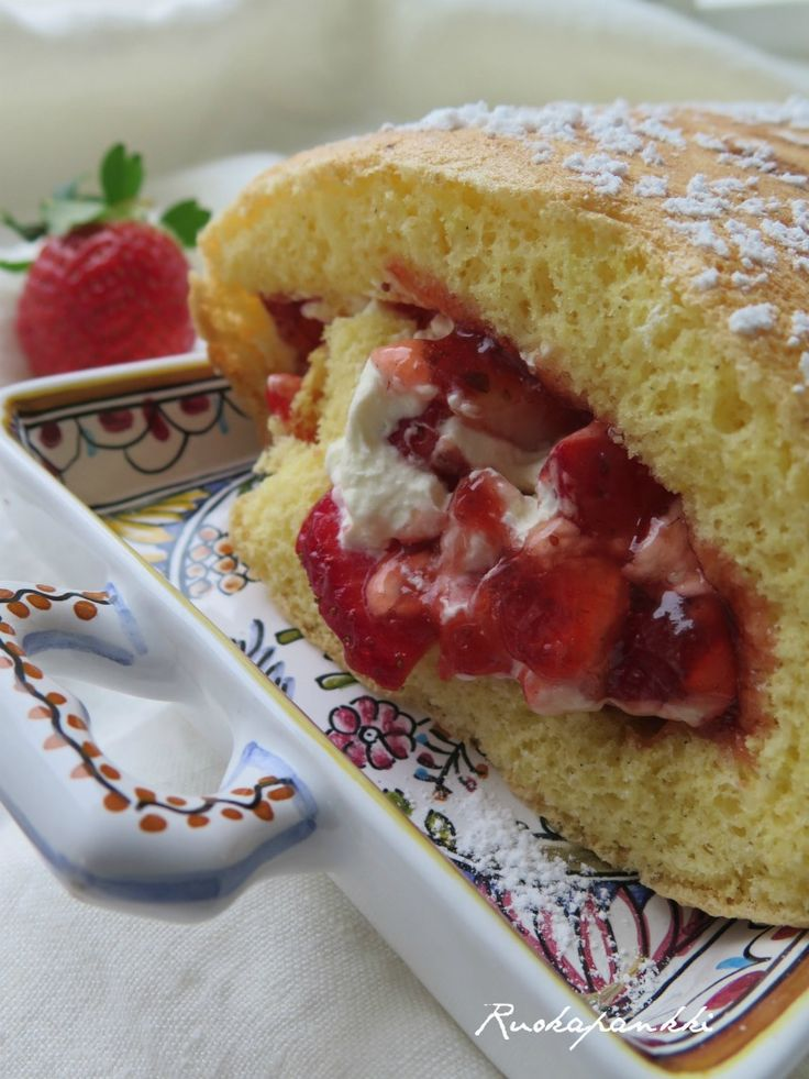 Ruokapankki: Laskiaiskääretorttu #ruokapankki #ruokablogi #ruoka #foodie #sweet #baking #omnom