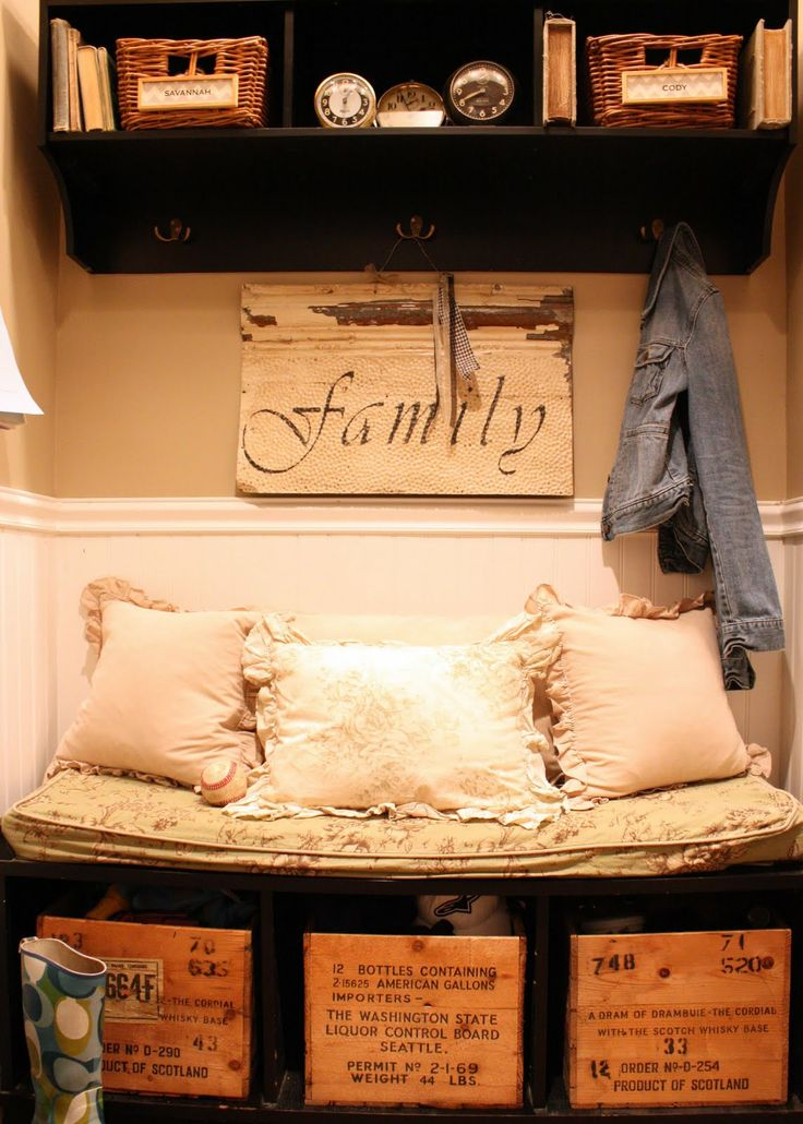 makeshift mudroom for wall next to back door for all my shoes- great idea. would love a short shelf to put a cushion on. & 38 best Mud room images on Pinterest | Bathroom ideas Mud rooms ... pezcame.com