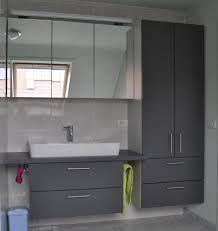 Afbeeldingsresultaat voor grijze badkamers