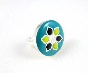 Inel reglabil din argint 925, pictat manual cu email (uscare la rece) turcoaz/ galben/ negru.  Silver unique hand painted ring. #silver #ring #jewelry #roxoboutique #inel