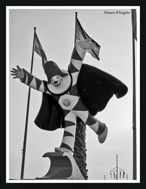 Carnevale Viareggio Clown - Clown at Viareggio's Carnival by Mauro d'Angelo, via Flickr
