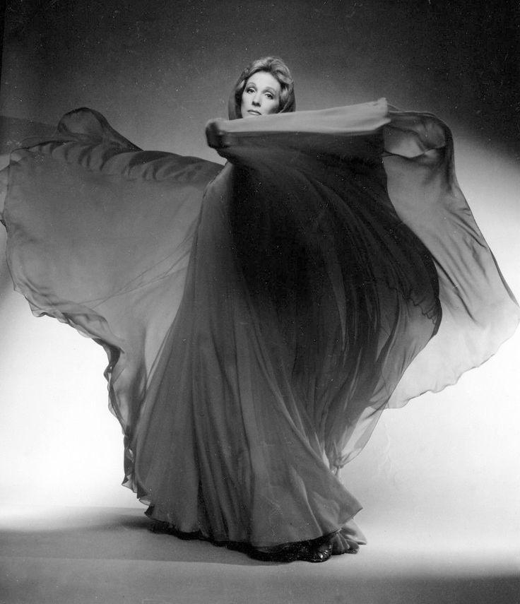 Julie Andrews Interview Photo