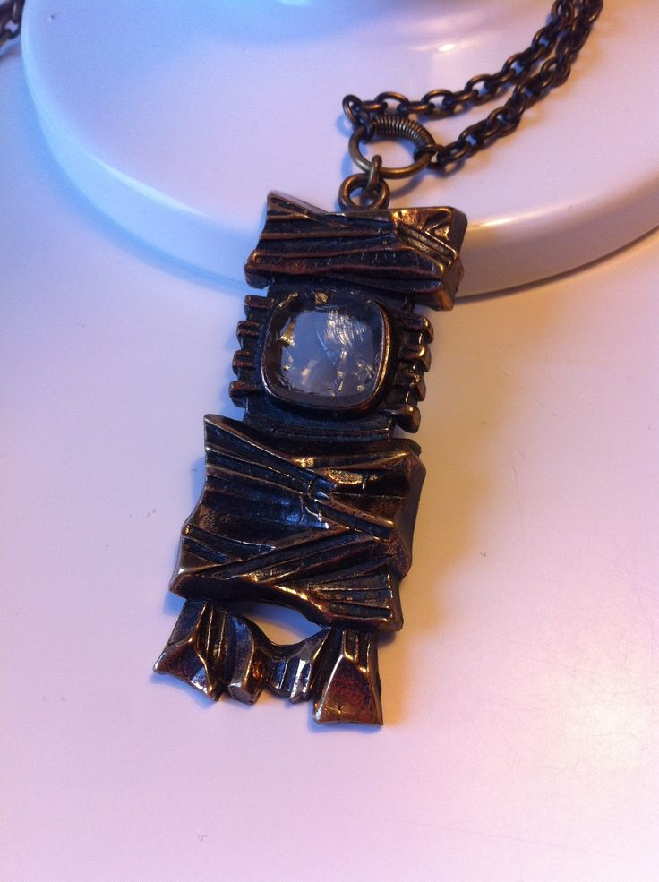 Necklace with roughly cut rock crystal, Pentti Sarpaneva, Finland.