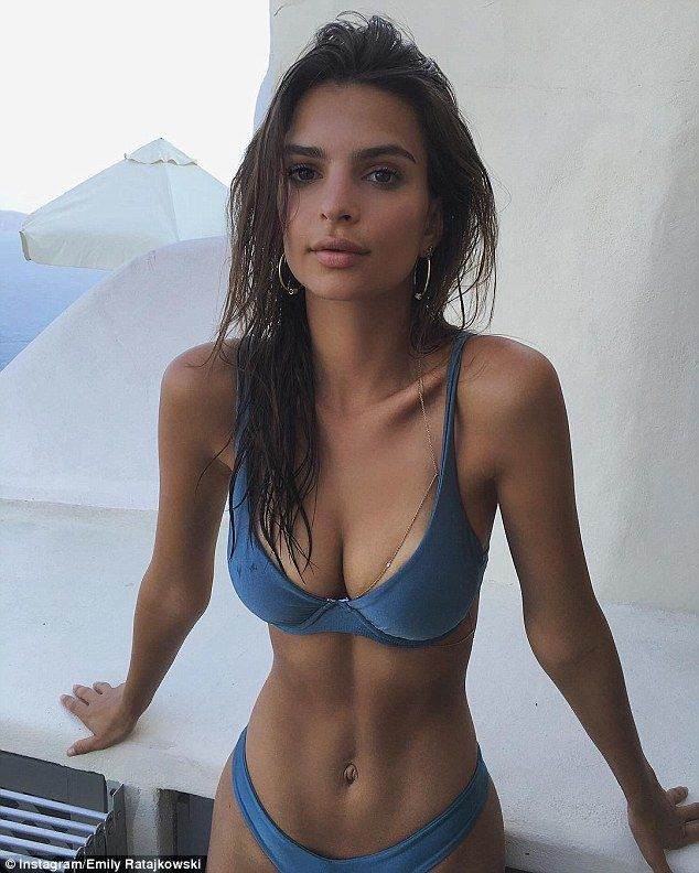 Smoking hot! Showcasing her famous assets to perfection, the 25-year-old model also flaunted her jaw-dropping slender midriff and famous ab-crack in a blue bikini