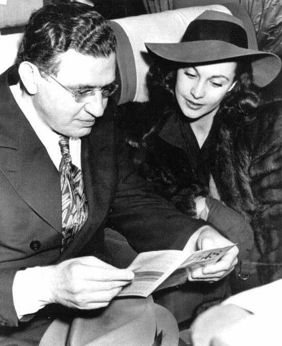 David O. Selznick (producer) and Vivien Leigh on a plane to Atlanta for the Gone with the Wind premiere.