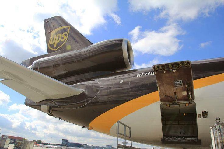 Z tego słynie MD-11 - ogon z trzecim silnikiem. Fot. Dariusz Kłosiński