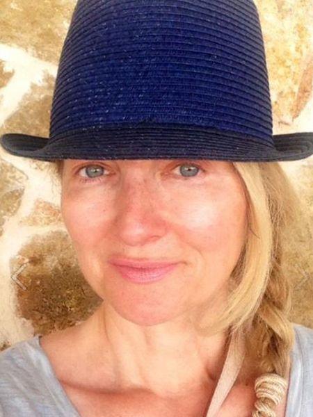 Ganz natürlich hat sich RTL-Moderatorin Frauke Ludowig jetzt nach ihrem Urlaub abgelichtet. Und da muss man wirklich zweimal hinsehen.