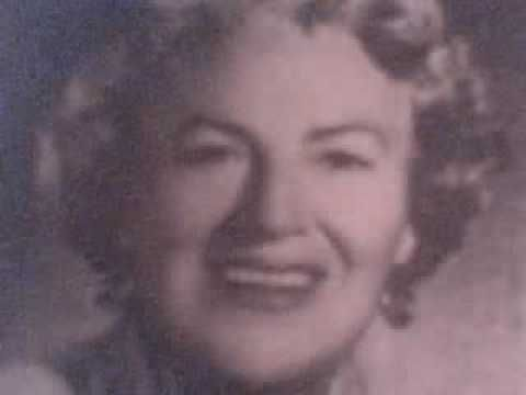 The birth in Rochdale, Lancashire, of international singer Dame Gracie Fields on this day 9th January, 1898 (Sally 1956)