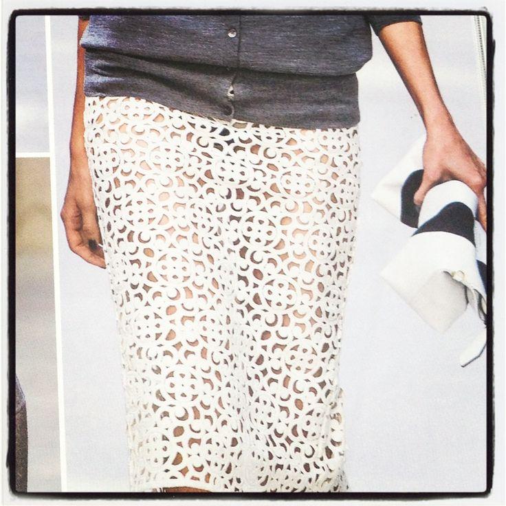 Burberry Prorsum #lace#lfw#inspiration