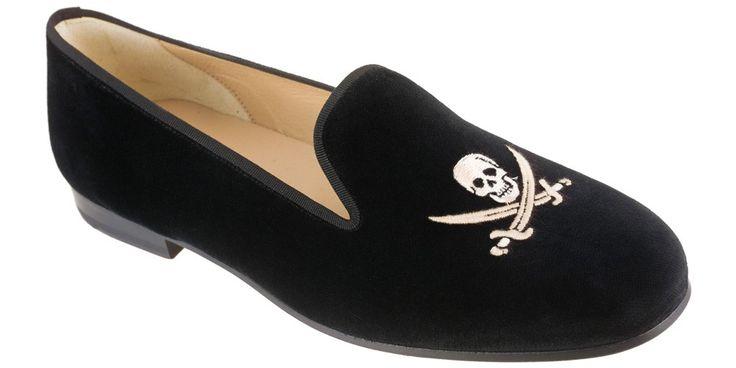 Stubbs and Wootton Velvet Skull Smoking slipper.