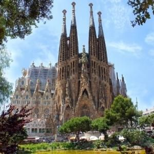 Barcelona With The Kids - 4 Days Itinerary | Visit a City