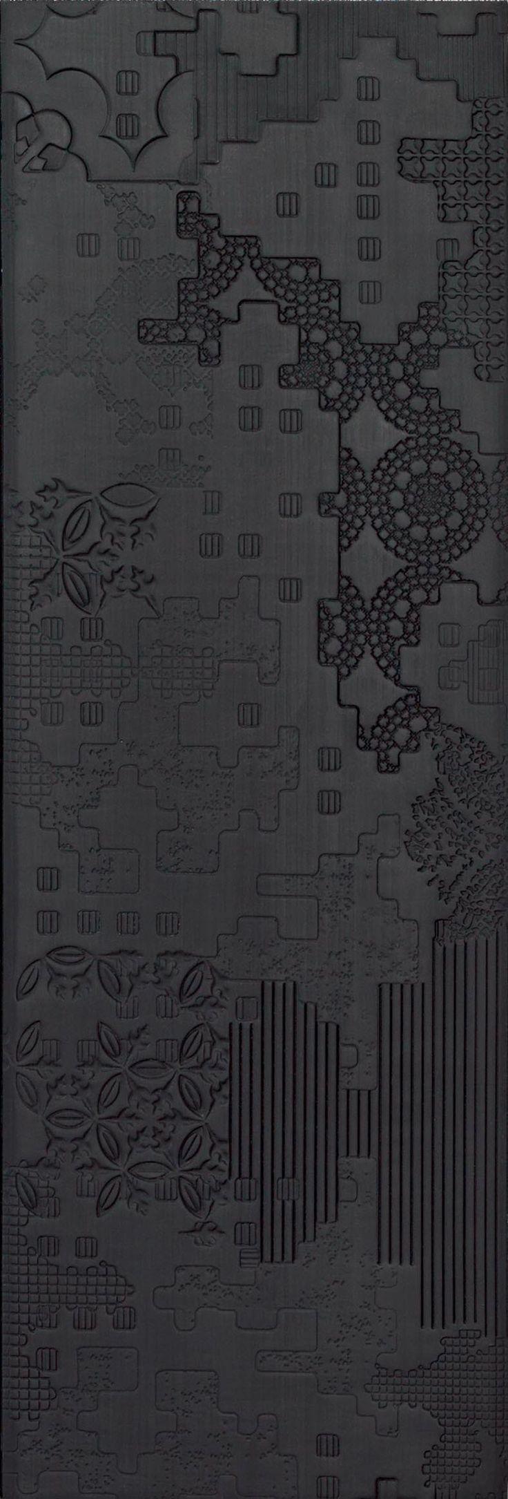 Indoor porcelain stoneware wall/floor tiles BAS-RELIEF PATCHWORK NERO by MUTINA | #design Patricia Urquiola #black