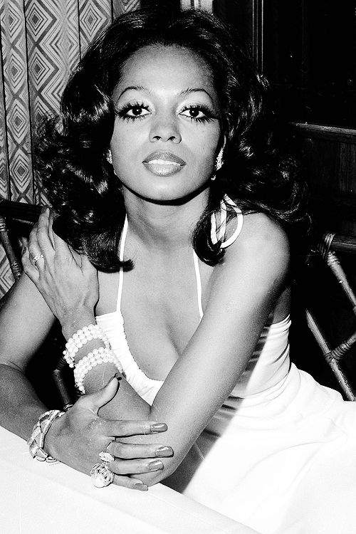 Singer-actress Diana Ross is shown at a New York City restaurant Friday night, Jan. 13, 1973. © Dave Pickoff