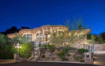 Alicia Keys vende la sua magnifica casa in vetro in Arizona [FOTO] - News dal mercato immobiliare delle star: Alicia Keys vende la sua magnifica casa in vetro in Arizona. Scoprite con noi gli scorci più belli di questa villa con vista mozzafiato.