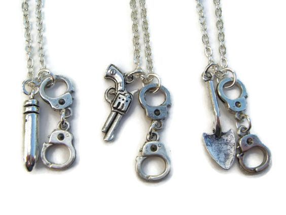 3 Partner In Crime Necklaces, Best Friends Necklace Set, Friendship Jewelry, Handcuff Jewellery, BFF Token, Sisters Gift for Christmas by BellaAniela on Etsy https://www.etsy.com/listing/249096723/3-partner-in-crime-necklaces-best