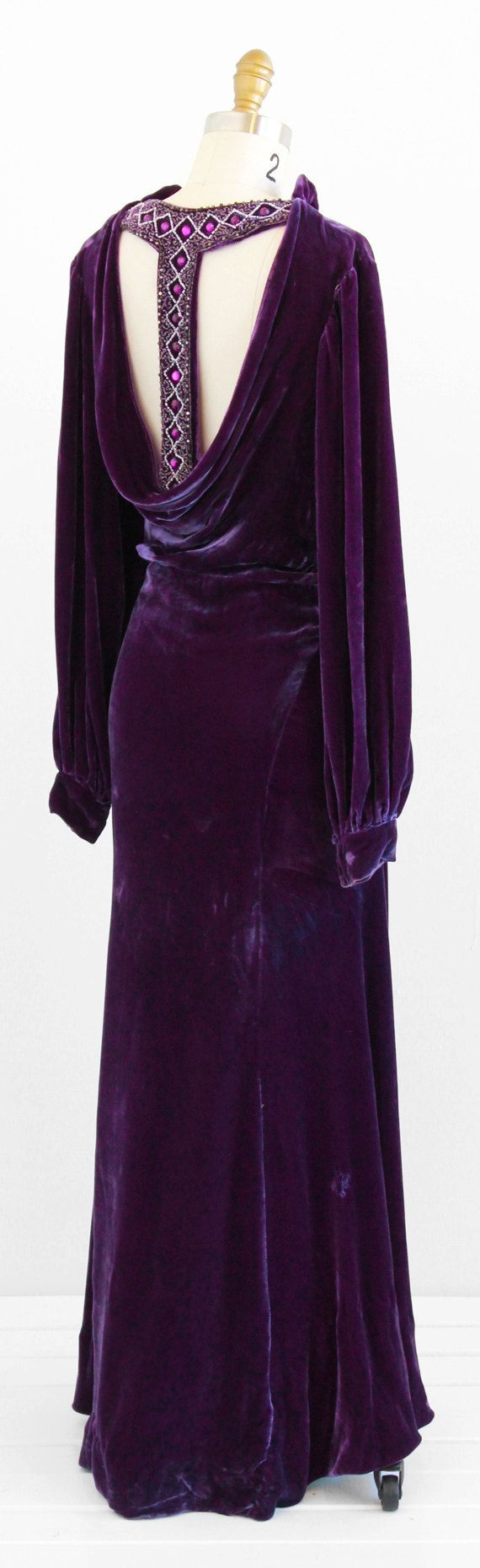 vintage 1930s purple silk velvet evening gown | plunging jeweled back | www.rococovintage.com
