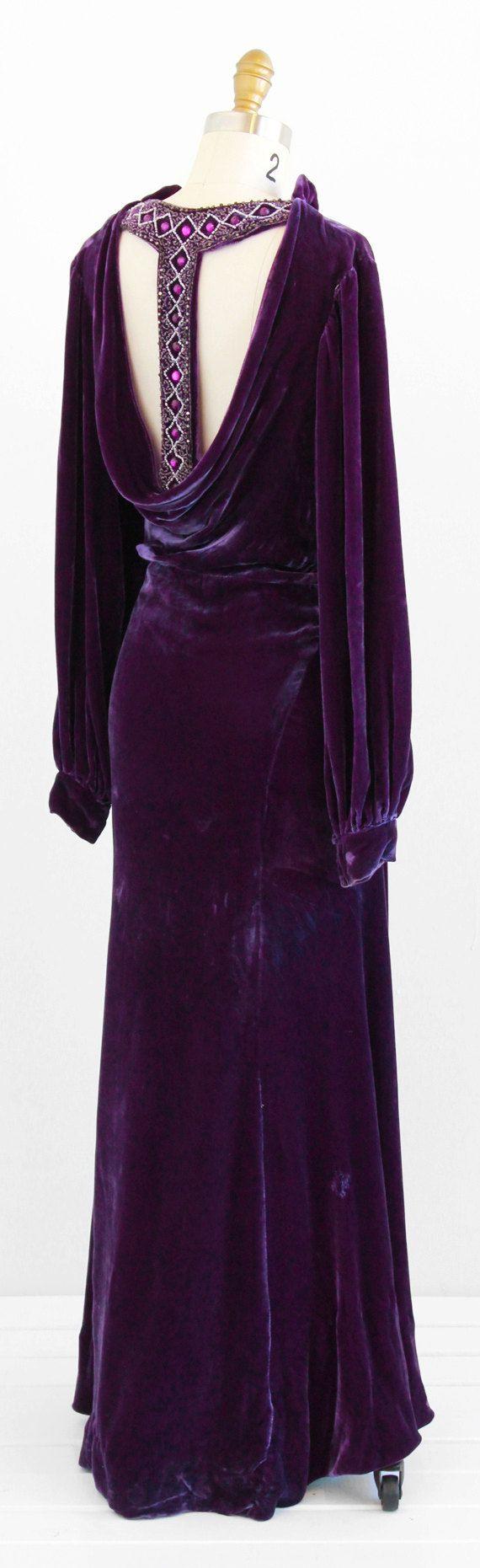 vintage 1930s purple silk velvet evening gown | plunging jeweled back | www.rococovintage.com