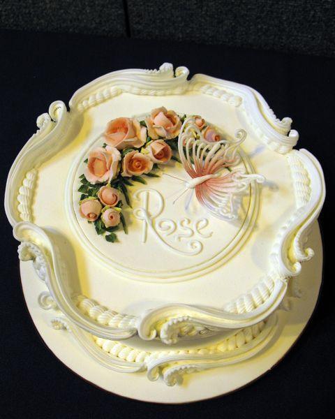 Cake Decorating Bagshot : Ceri s Royal icing piping demonstration NEC 2010 Royal ...