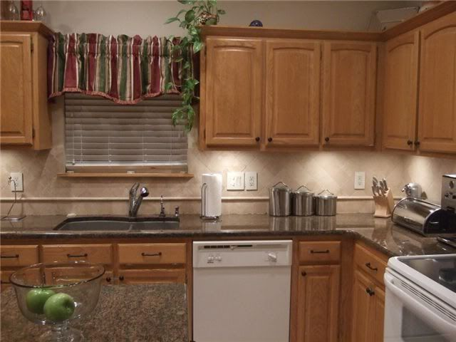 Only Best 25+ Ideas About Honey Oak Cabinets On Pinterest