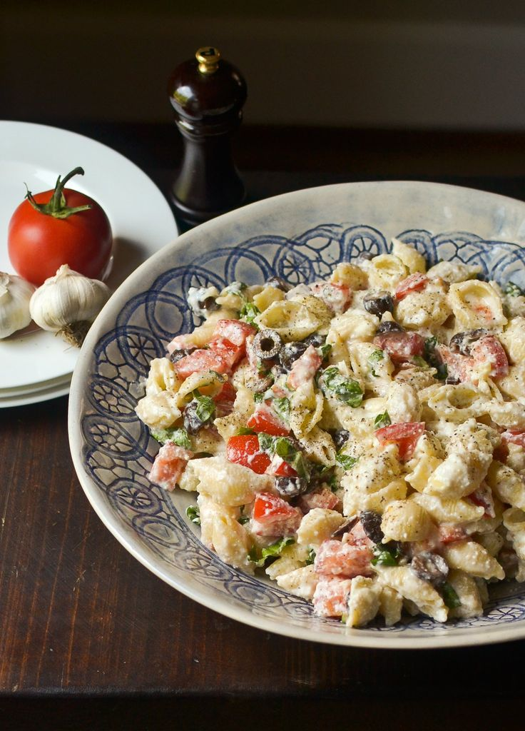 Roasted garlic and tomato pasta salad