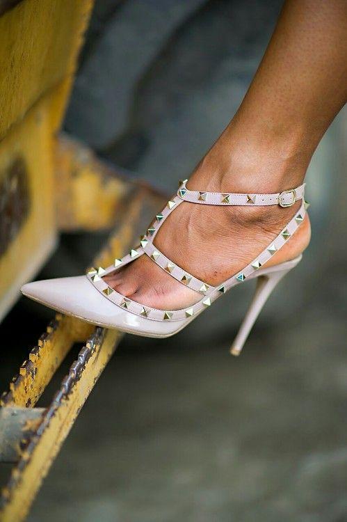 60911f04deac 87 best Valentino Rockstud images on Pinterest