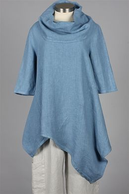 "Bryn Walker - Noma Tunic -no longer for sale.  I love it but how good would it look on a dumpy 5'3"" girl?"