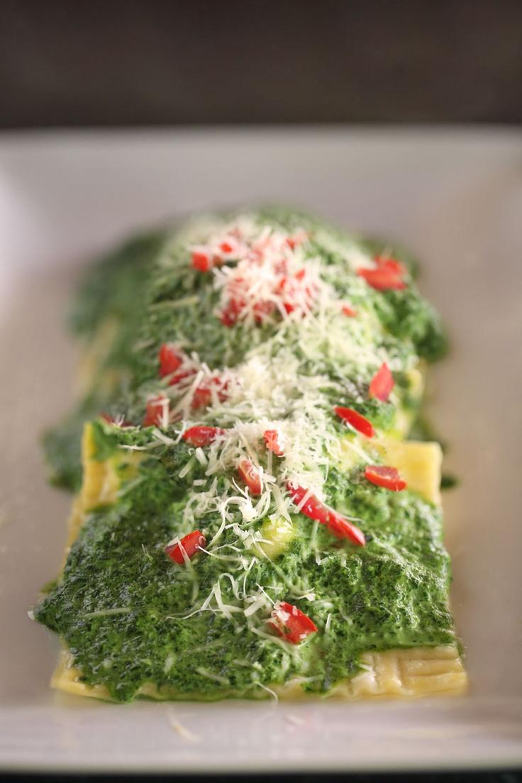 Ravioli con ricotta e spinaci   #food #cuisine #Italian