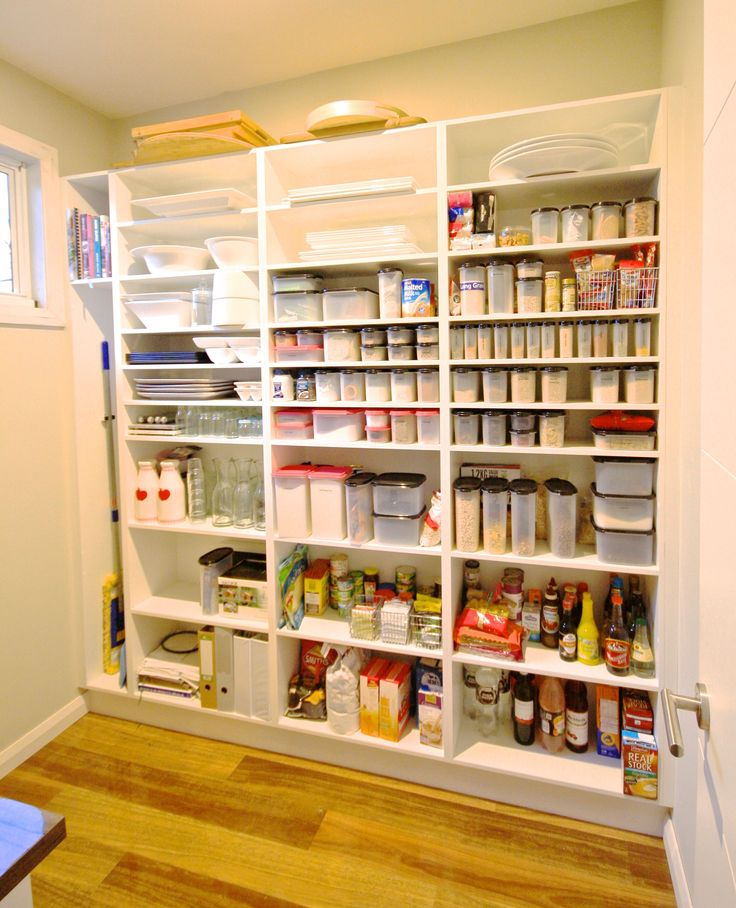 WALK IN PANTRY. Open shelving! Easy to access & organised! #kitchensbyemanuel #kbecastlehill  #kitchenideas #pantryideas #ideas #custom #local #storage #practical