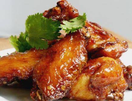 Куриные ножки по-тайски с салатом из огурца