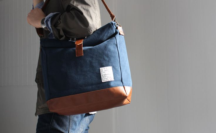 [UH001, UNIHOOD Canvas 2-way bag]  Product code : UH001  Main color : Navy Blue, Black, Beige, Khaki  2 straps are provided with the bag(Adjustable / Detachable).  This bag can be transformed with 2 ways as messenger and backpack.   Made in Korea, South.   You can meet this bag on eBay, UNIHOOD-STORE.    http://www.ebay.com/itm/NEW-2-WAY-CANVAS-PU-MENS-BAG-BACKPACKS-CROSS-BODY-MESSENGER-BAG-SHOULDER-BAGS-/251028986477?pt=US_CSA_MWA_Backpacks==item8015360d1b