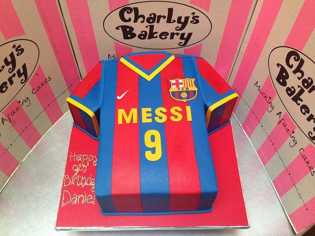 3D Barcelona FC Lional Messi t-shirt shaped cake covered i… | Flickr