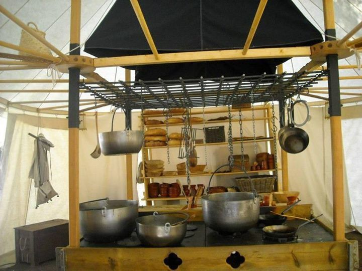 Now that 39 s a camp kitchen camping outdoor camping for Camping outdoor kuche
