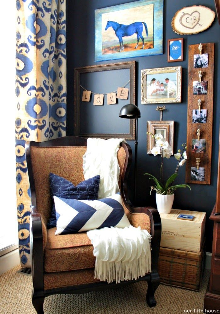 our fifth house - bedroom reading nook //  I love this reading nook, and all the details in the corner