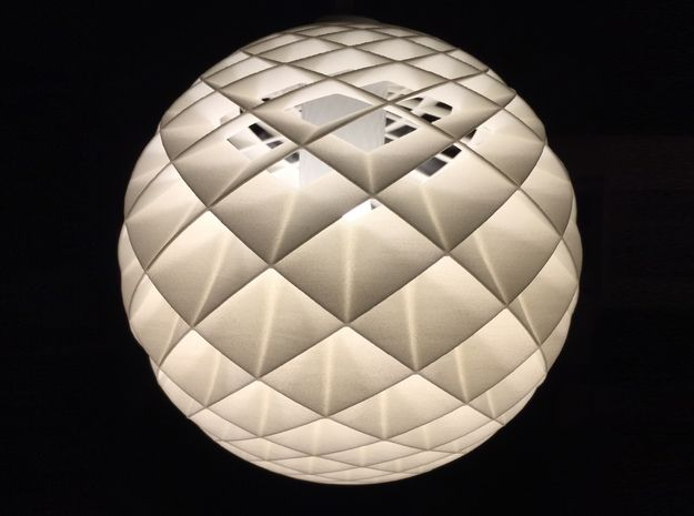 "HeliosHelix Lampshade 3d printed ""Live"""
