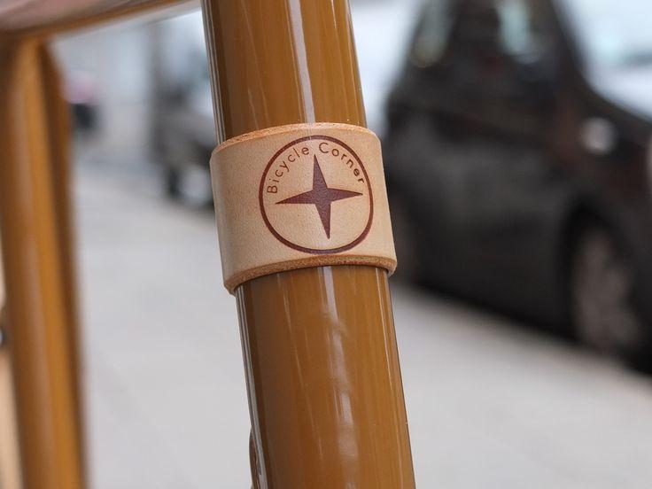 "Headbadge ""Bicycle Corner"" #fixedgear #fixie #bicycle #trackbike #Nice #singlespeed #fixed #pignon fixe #bicyclette #vélo #roue libre #leather grips #grips #poignées vélo #headbadge"