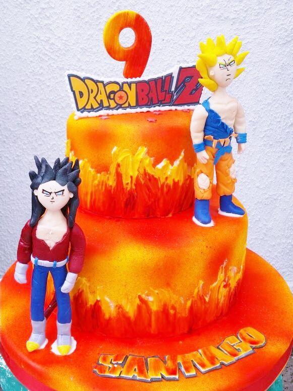 torta cumpleaños go hu en 2 pisos para 40 personas www.tortasimagina.cl