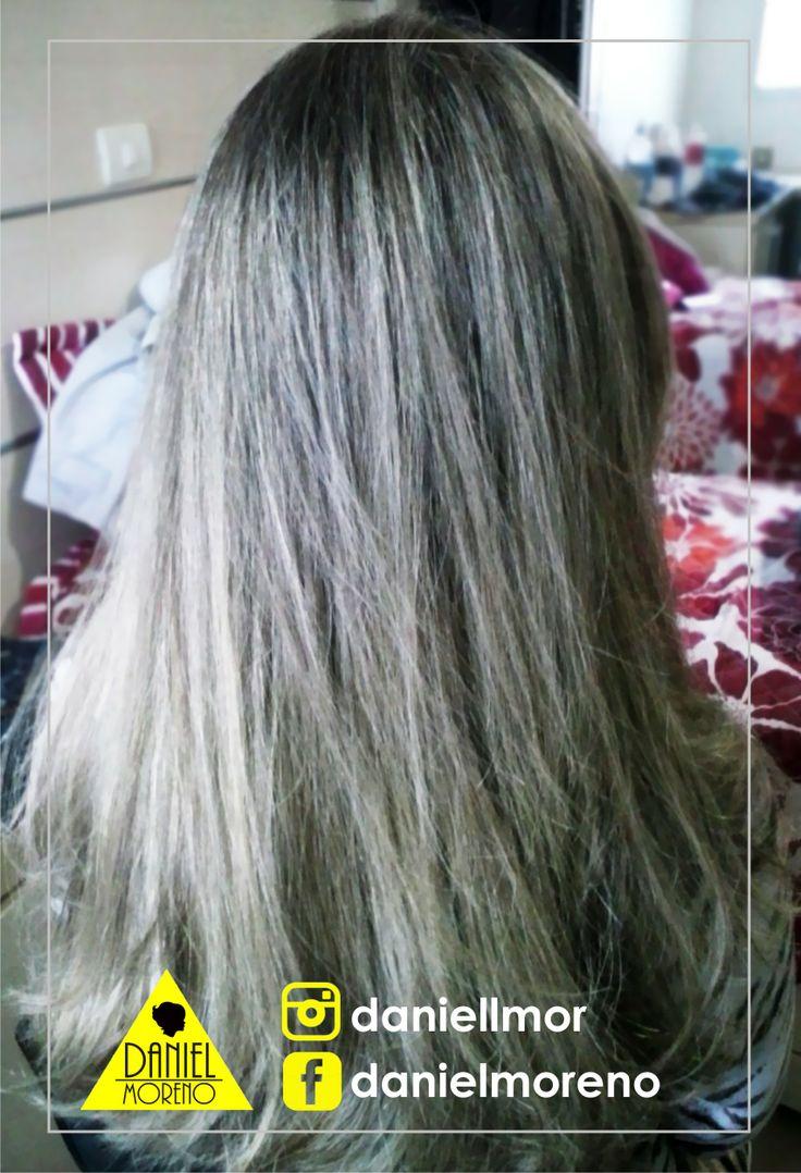 Luzes acinzentadas para uma menina que gosta de um cabelo mais discreto e com suas mechas bem distribuidas