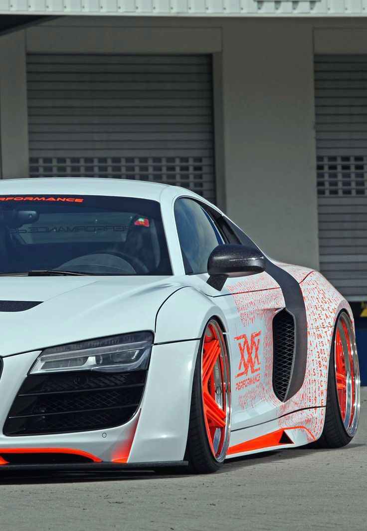 White Audi R8 With Orange Rims Audi R8 Pinterest