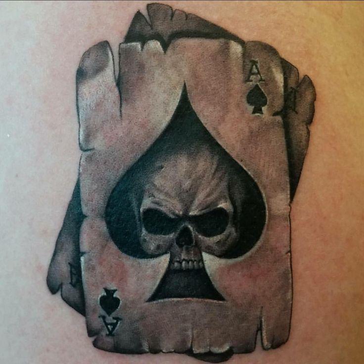 """""""Artist @tattoorobertosilva At Club Tattoo Las Vegas inside the Linq Hotel & Casino @clubtattoolasvegaslq #tattoo #tattoos #inkjunkeyz…"""""""