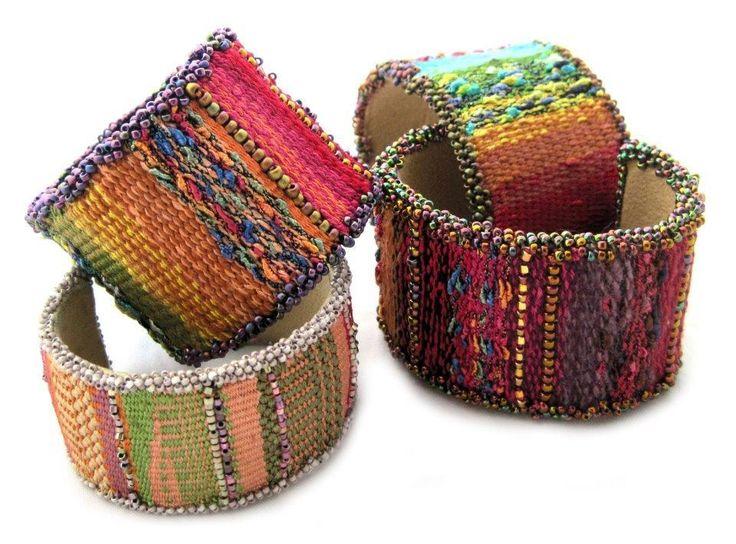 Free Jewelry Pattern: Mirrix Tapestry/Bead Cuff Bracelet