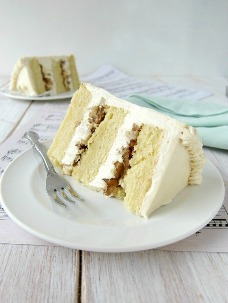 vanilla butter pecan cake with amarula frosting