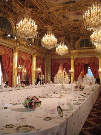 Salle des fêtes, Palais de l'Elysée, Paris @}-,-;--