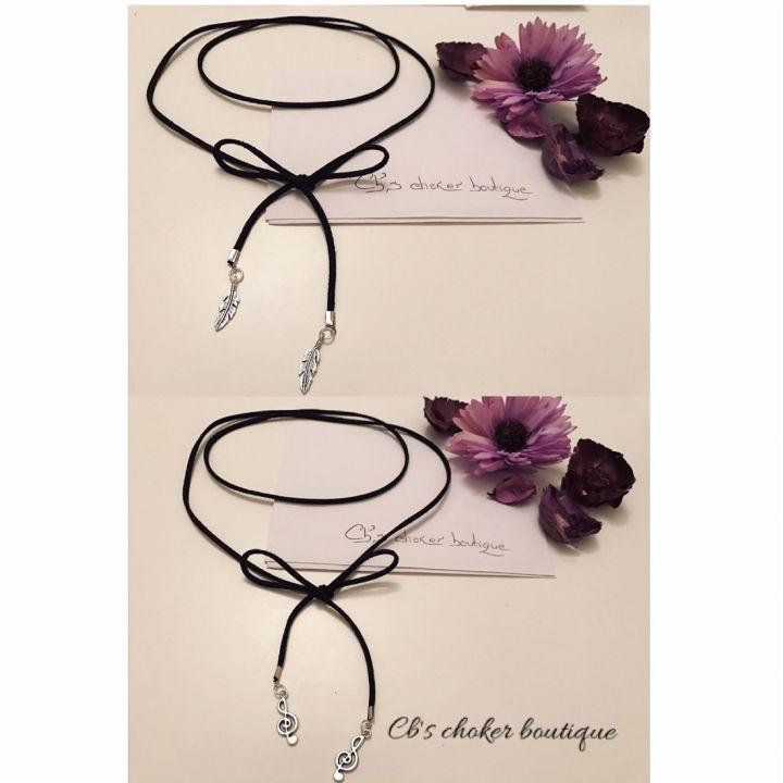 20 LEI | Coliere handmade | Cumpara online cu livrare nationala, din . Mai multe Bijuterii in magazinul Cbchoker pe Breslo.