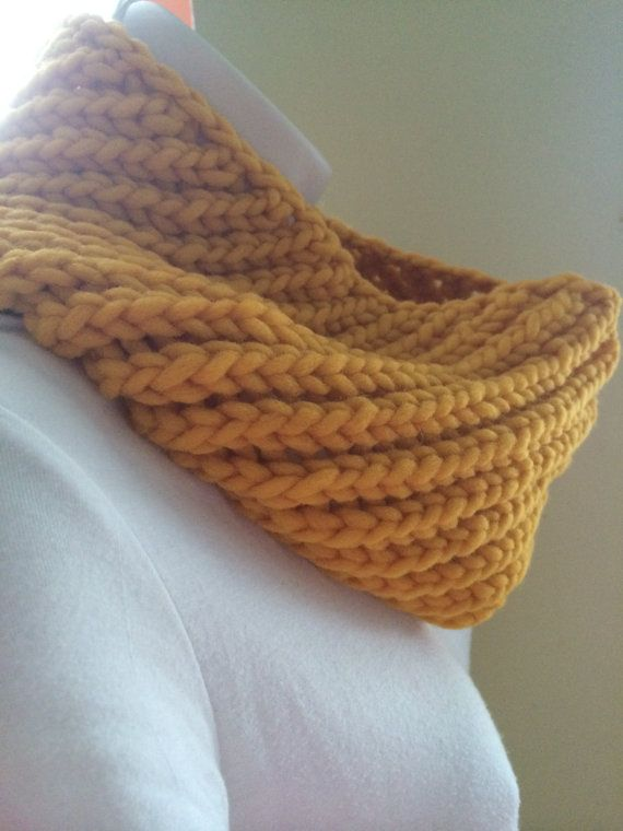 Sunflower Cowl Free Shipping Summer Sale $38 #knittedwool #summersale #cowl
