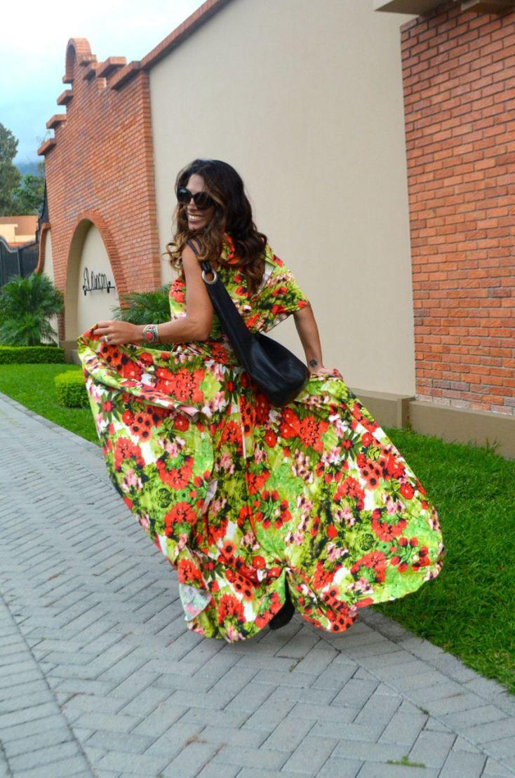 Flowing Dress sylviasantacruz_avarcapons_longdress_flowerprint_crossbody_oliveavarca