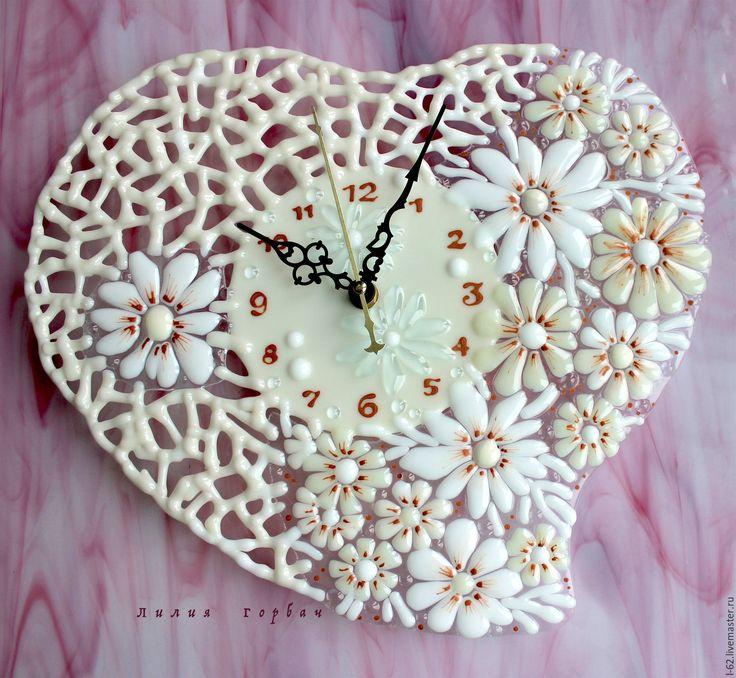 авторская работа, handmade, glass,  стекло,  цветное, фьюзинг,  часы, цветы,  сердце, Лилия Горбач