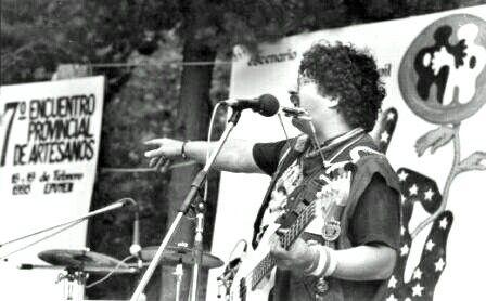 VANDAR En 1995 en la Fiesta de los Artesanos de Epuyen, Cordillera Patagonia  Argentina