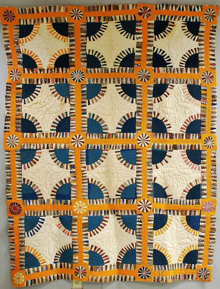 "Pieced Cotton ""New York Beauty"" Variant Quilt, late 19th century"